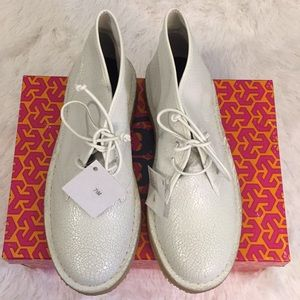 Tory Burch Bergen white Cracked Leather Boots